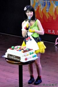 仮面女子:アリス十番・川村虹花「ステージデビュー10周年を目指す!」生誕祭で母親へ涙のメッセージ
