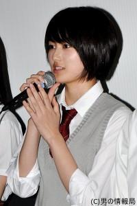 高月彩良、元AKB48研究生・冨手麻妙ら制服姿で登場!『人狼ゲーム クレイジーフォックス』初日舞台挨拶