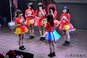 仮面女子:アリス十番のセンター・立花あんな 真っ赤な生誕祭!渡辺まありとの友情秘話明かす
